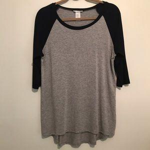 2/$15 NWOT dark navy& gray raglan top